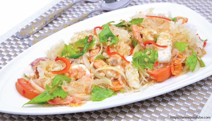 อาหารไทย ยำวุ้นเส้น