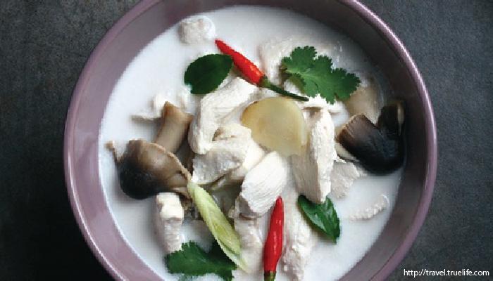 อาหารไทย ต้มข่าไก่